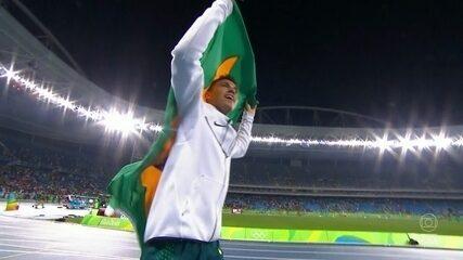 É ouro! Thiago Braz quebra recorde olímpico e vence o favorito na Rio 2016