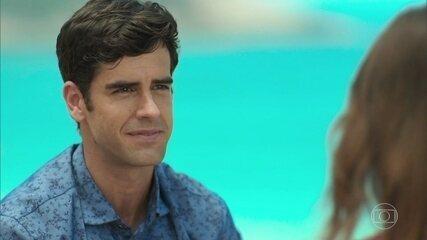 Felipe pede Shirlei em casamento