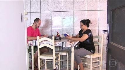 Família luta para se recuperar dos problemas de saúde após o desemprego