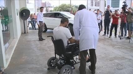 Alan Ruschel recebe alta e deixa hospital; veja como estão os outros sobreviventes