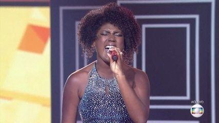"""Mylena Jardim canta """"Carnavalia"""""""