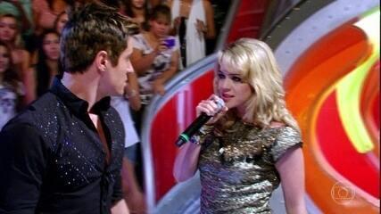 Fabian e Rosário cantam no Caldeirão do Huck