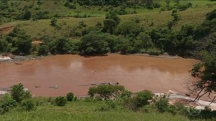 Um ano e três meses depois, Samarco não cumpre acordo de limpeza