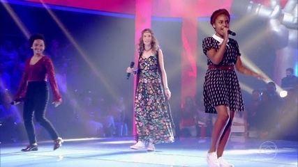 Franciele Fernanda, Isabelle Kaffer e Kailane Muniz cantam 'Vapor Barato'