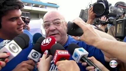 Presidente da Acadêmicos do Tatuapé comemora título do carnaval de São Paulo