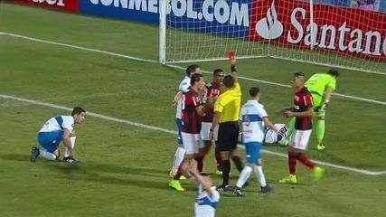 Lembre como foi a derrota do Flamengo no Chile, com gol de cabeça de Santiago Silva