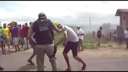 Vídeo mostra manifestante sendo baleado em Itambé, PE