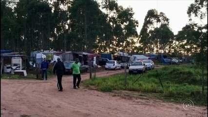 Oficiais de Justiça fizeram reintegração de posse em fazenda invadida