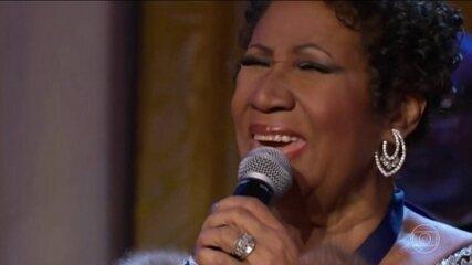 Veja um resumo da carrreira de Aretha Franklin na coluna de Nelson Motta no Jornal da Globo