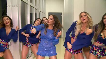 Carla Cristina dança 'Xibom Bombom' com as bailarinas do Domingão do Faustão