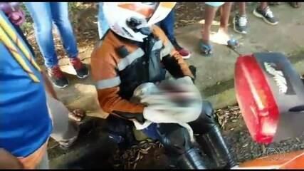 Vídeo mostra momento em que bebê foi achado dentro de mala