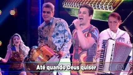 'Rastapé' canta 'Amar Até' no palco do 'Domingão'