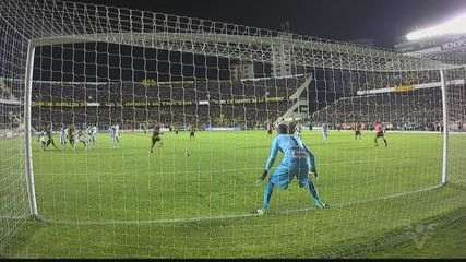 Santos arranca empate heroico contra The Strongest na altitude e garante vaga