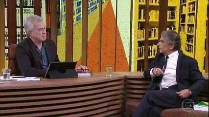 Pedro Bial questiona Carlos Ayres Britto sobre os últimos desdobramentos da crise política