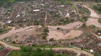 Chuva deixa 8 mortos e tira mais de 50 mil de casa no Nordeste