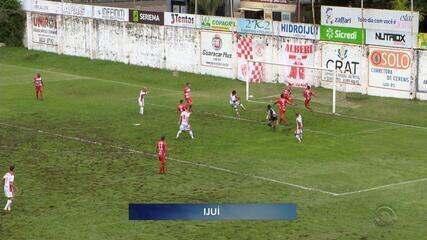 São Luiz faz 4 a 1 no Inter de Santa Maria