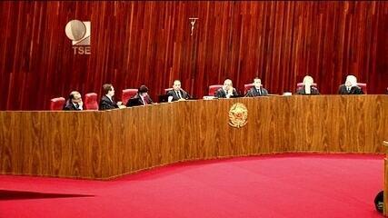 """Ministro Gilmar Mendes chama argumento de relator Herman Benjamin de """"falacioso"""""""