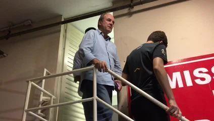 Levir Culpi deixa o Pacaembu aos 40 do segundo tempo