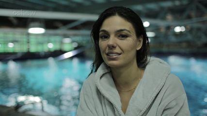 Confira a preparação de Isis Valverde para gravação de cenas no Aqua Rio