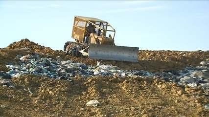 Cidades do Norte de SC gastam milhões para levar lixo a aterros