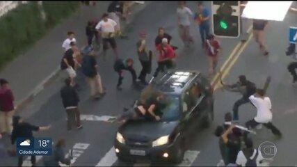 Polícia procura motorista que atropelou grupo de skatistas