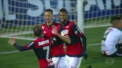Flamengo vence Palestino em jogo de 7 gols, todos no segundo tempo