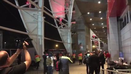 Após empate, torcedores do Inter protestam no Beira-Rio