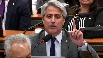 CCJ: Alessandro Molon (Rede-RJ) fala sobre denúncia conta Michel Temer