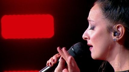 Sabrina Parlatore se apresenta no 'PopStar' com música de Rita Lee
