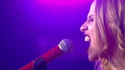 Marcella Rica canta sucesso de Taylor Swift