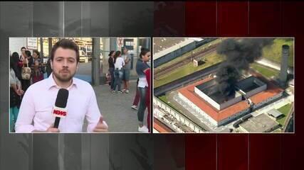 Presos colocam fogo em colchões no CDP de Pinheiros durante rebelião