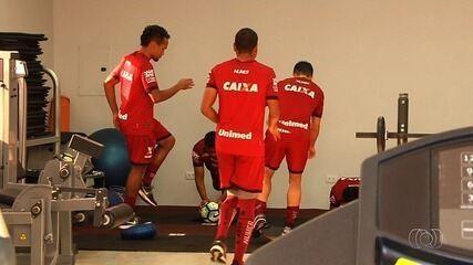 Atlético-GO se prepara para enfrentar o Coritiba, em Goiânia; William Alves é apresentado