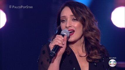 Sabrina Parlatore cantou e encantou com 'Garota de Ipanema'
