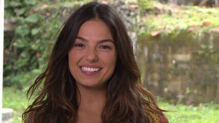 Isis Valverde foi só elogios para Elizangela