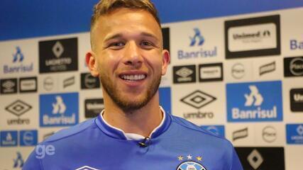 Arthur fala de ascensão no Grêmio e convocação para Seleção