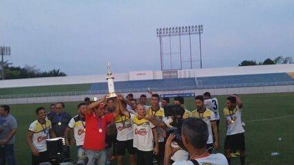 Adesg recebe troféu de campeã do Campeonato Acreano da 2ª divisão