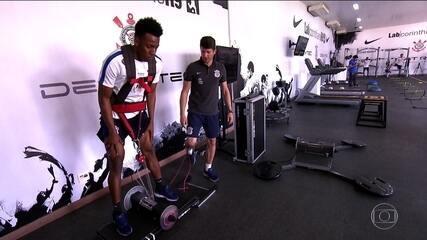 Corinthians conta com equipe de especialistas para acelerar recuperação de Jô