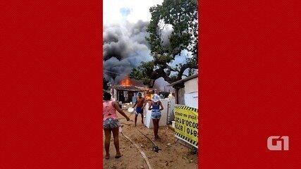 Incêndio atinge casas em comunidade na Zona Oeste de Natal