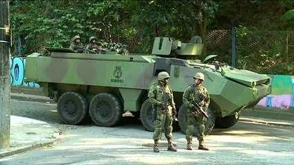 Forças Armadas voltam à Rocinha, na Zona Sul do Rio
