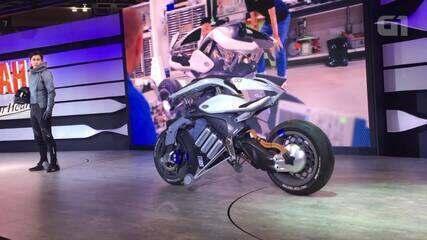 Yamaha aposta em moto que fica em pé sozinha