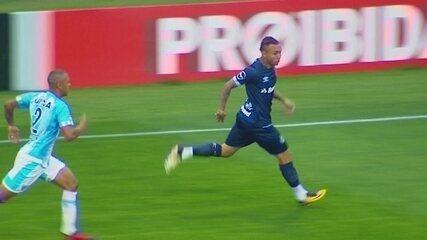 Os melhores momentos de Avaí 2 x 2 Grêmio pela 31ª rodada do Campeonato Brasileiro