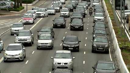 Motoristas que só reduzem velocidade em radares começam a ser identificados