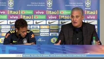 """Tite sobre Neymar: """"Tem a grandeza de resolver tudo dentro do vestiário"""""""