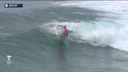 Tayler Wright recebe 9,87 e Silvana Lima 8,27 na bateria 2 do round 3 do Mundial de surfe