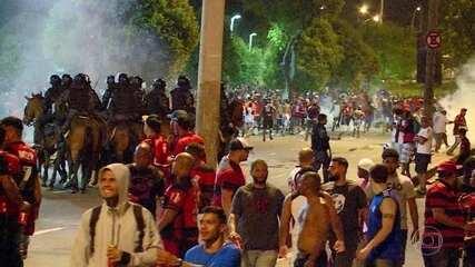 Jogo entre Flamengo x Independiente termina em caso de polícia