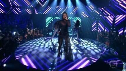 Ludmilla canta 'Cheguei'
