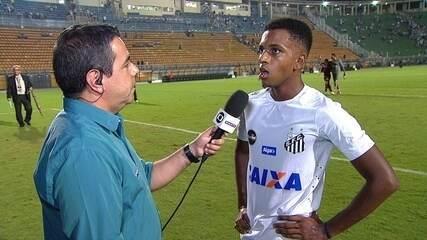 """Rodrygo fala sobre """"estrela"""" e chance para ajudar o Santos: """"Fico no banco já sonhando"""""""
