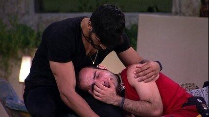 Lucas aconselha Mahmoud: 'Não pense de forma vingativa'