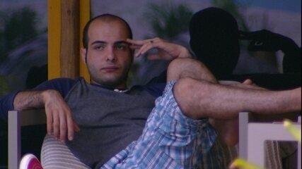 Mahmoud garante: 'Não estou triste pelo Paredão, mas pelas apunhaladas'