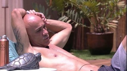 Ayrton planeja ganhar o BBB: 'Ana Clara tem que ajudar, senão...'